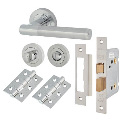 Touchpoint Bella Lever Door Handle - Bathroom Lock Kit - Polished/Satin Chrome
