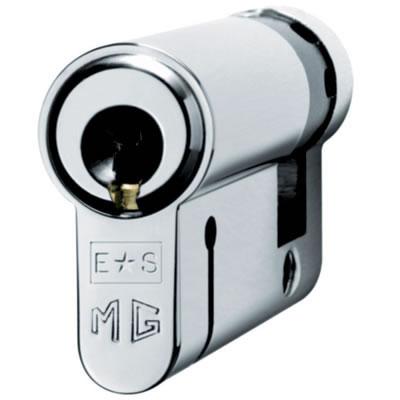 Eurospec MP15 - Euro Single Cylinder - 35 + 10mm - Polished Chrome  - Keyed Alike